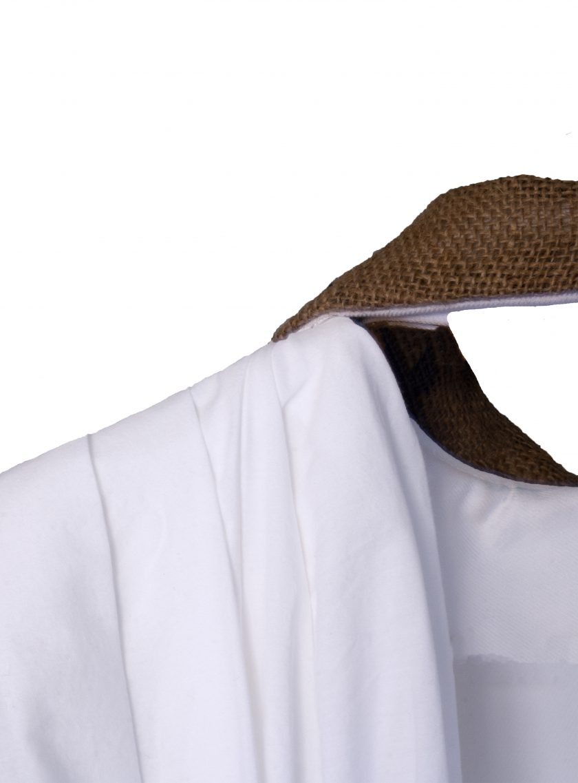 van-m-packshot-ecofriendly-made-in-belgium-robe-raphia-dos